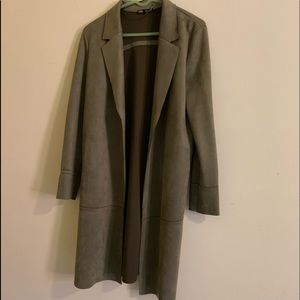 Zara linen blazer in olive